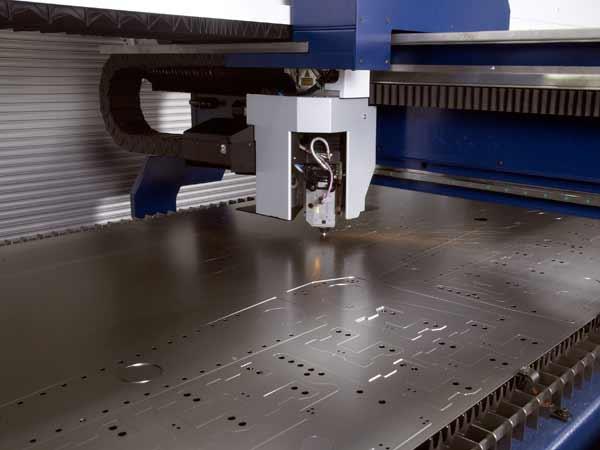 Preventivo-incisione-profilati-in-acciaio-reggio-emilia